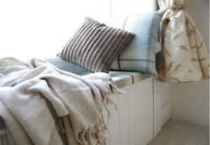 Jastuk za prozorsku klupicu gotov za 20 minuta – bez šivanja